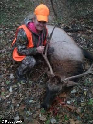 美国14岁少女猎手误杀麋鹿 遭多名网友恐吓