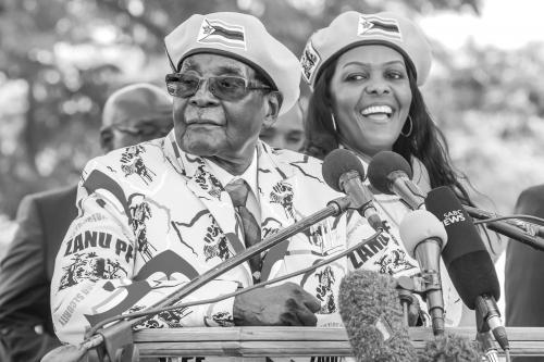"""渴望成为领袖,格雷丝·穆加贝是津""""政变""""导火索?"""