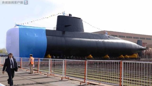阿根廷海军一艘载有40人的潜艇失联 目前正在搜寻