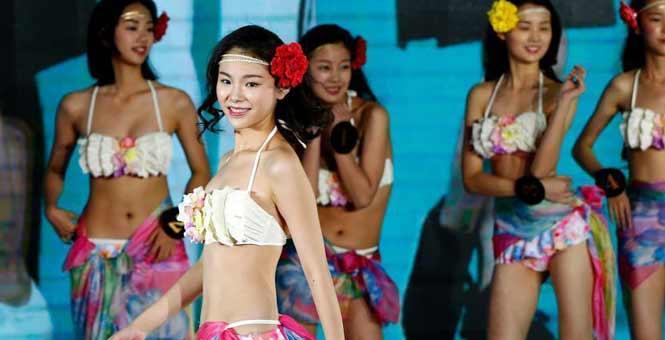 """第九届""""美少女""""中国影视模特大赛北京举行"""