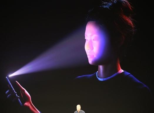 不让iPhone X独美:小米、OPPO筹备人脸识别新机