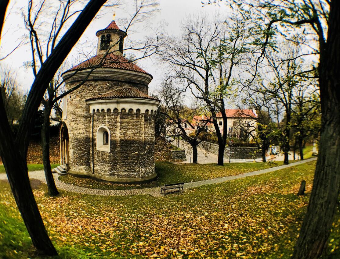 布拉格:全球第一个整座城市被列为世界文化遗产的城市