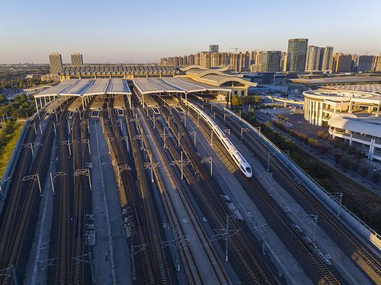 济南铁路局已更名 今挂牌中铁济南局集团有限公司
