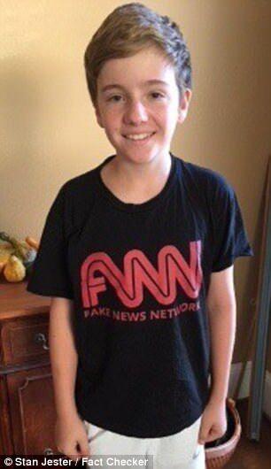 """美中学生欲穿""""Fake news""""T恤参观CNN 被老师要求换衣服"""