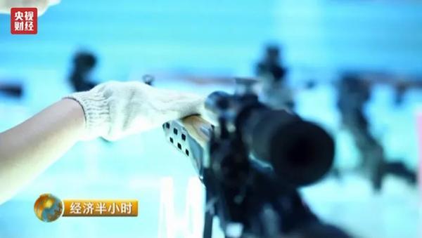 揭秘中国顶级狙击步枪:这名女子造枪世界第一