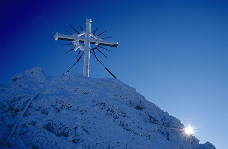 奥地利赖希拉明雪山十字架 孤寂冷傲