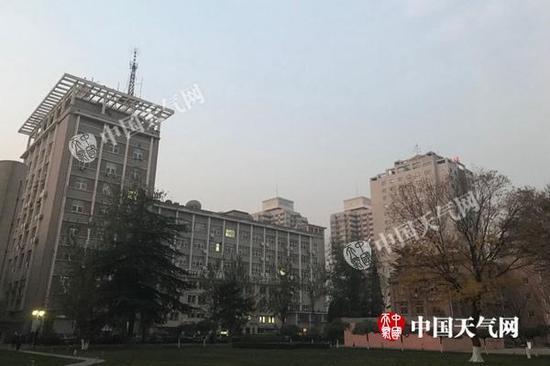 北京今夜冷空气消霾 明天阵风6级最低温降至-5℃