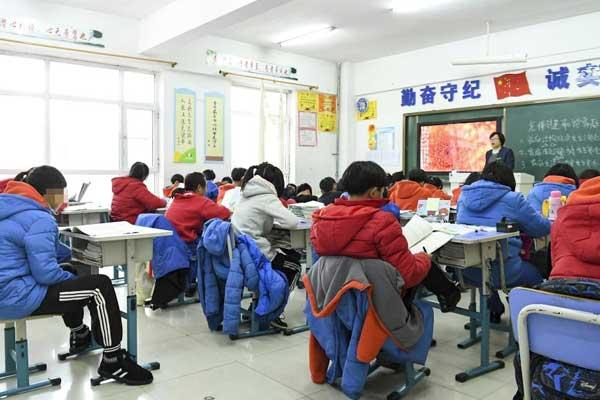 长春为亡父销户12岁男孩 已入学上课