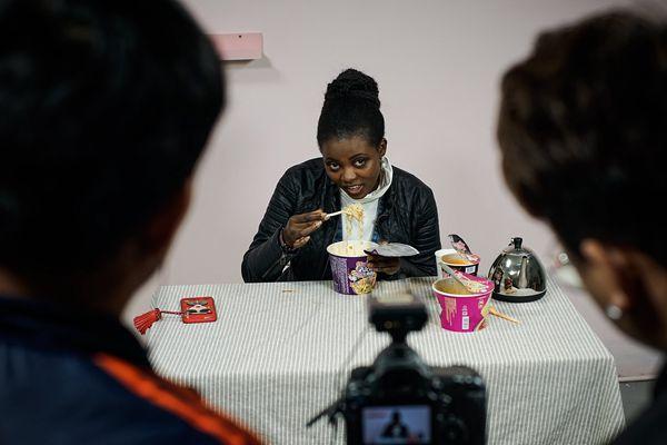 非洲女孩在中国学习当