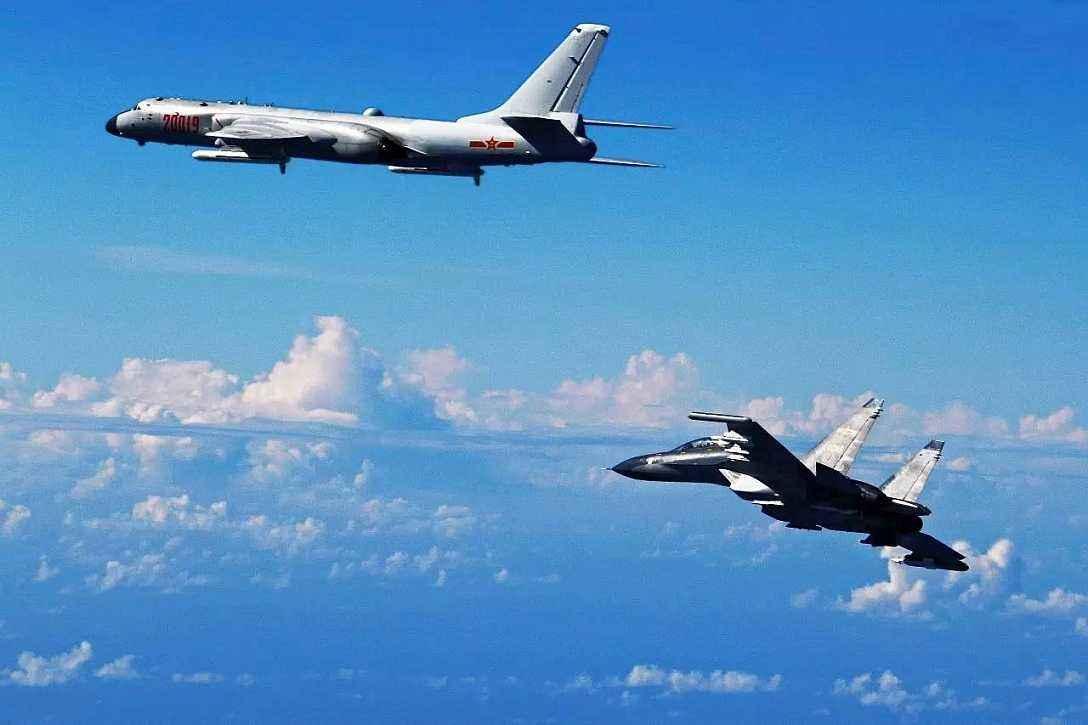 台媒:解放军轰6、伊尔78等军机穿越巴士海峡世界最厉害的武器排名