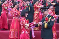 火箭军为99对新人举办了一场特殊婚礼