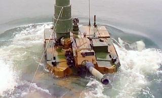 """坦克也能下河""""游泳""""?看韩国K2坦克水中前行"""