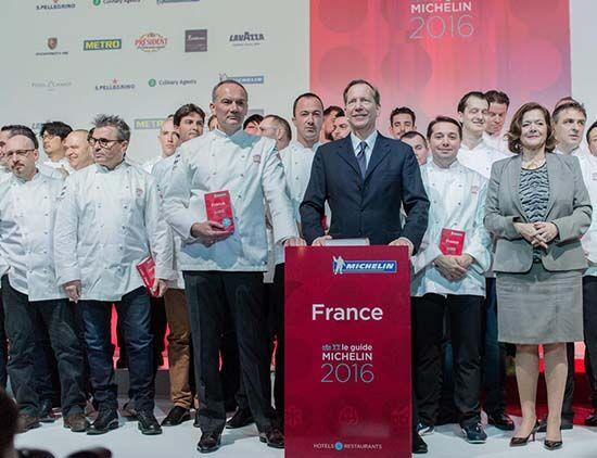 法国米其林大厨为挽救餐厅生意自降身价