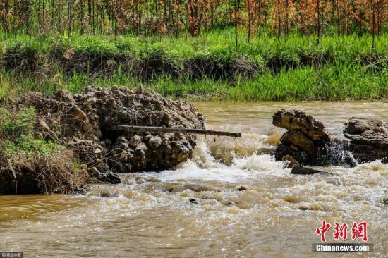 今年8-10月全国各级环保部门共接环保举报逾18万件