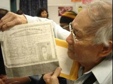 加拿大温哥华承认歧视华人历史 将用中国方言道歉