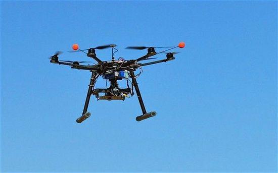 """中国反无人机技术研制""""黑科技""""能否遏制无人机""""黑飞""""?"""