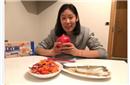 朱婷伊斯坦布尔晒丰盛晚餐:清蒸鱼+炒蔬菜+饺子