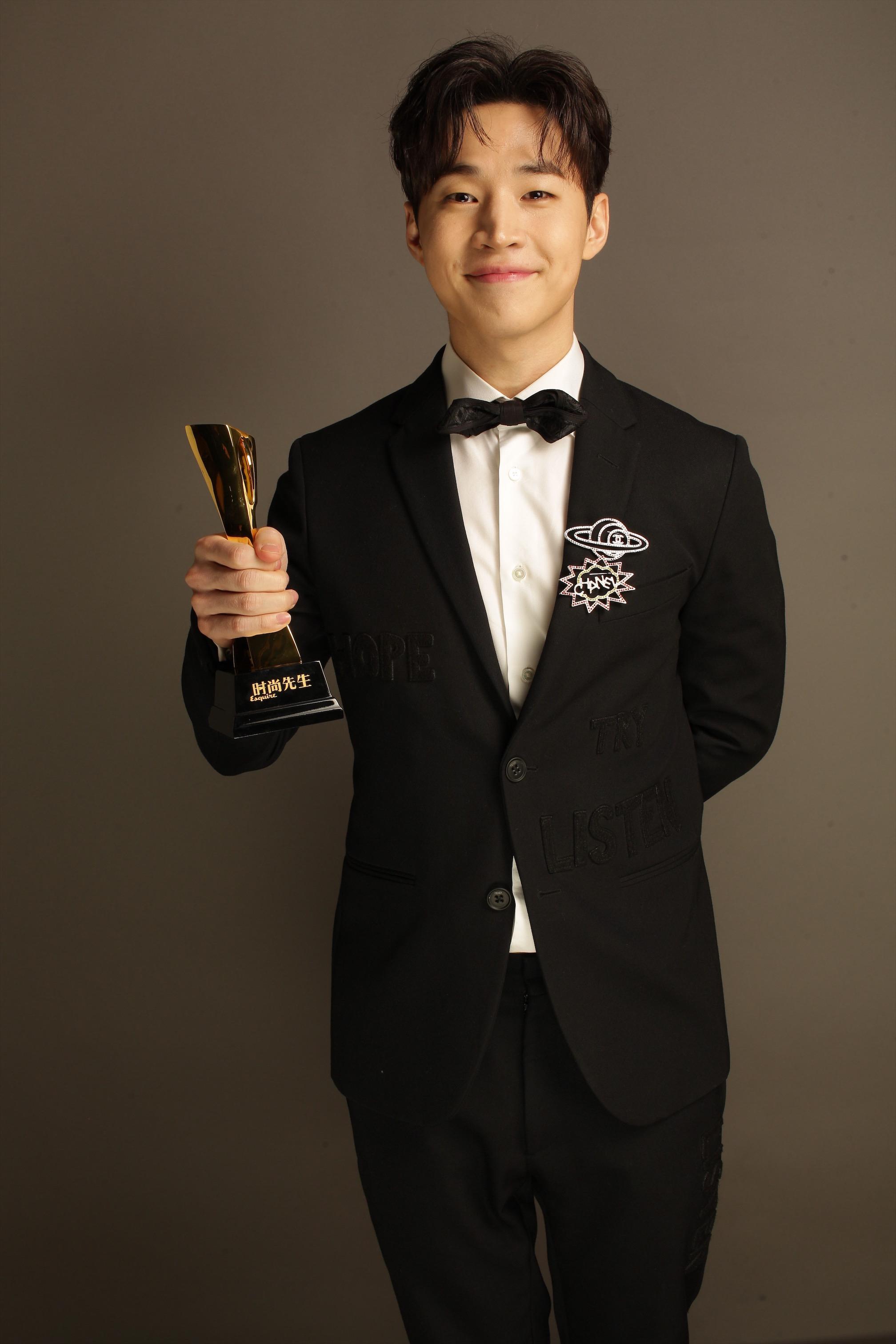 刘宪华年度先生盛典获奖 要做全力以赴的新势力偶像