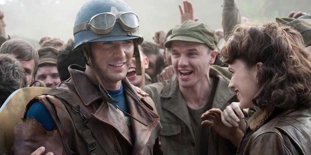 《复仇者联盟4》片场照曝光:或重回二战时光