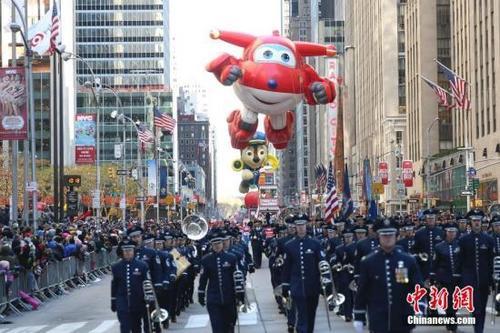 美移民执法趋严 华人打工族不敢回纽约团聚