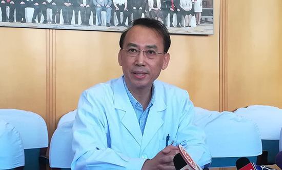 """哈尔滨科技局曾资助""""换头术""""医生5万:今年是截止期"""