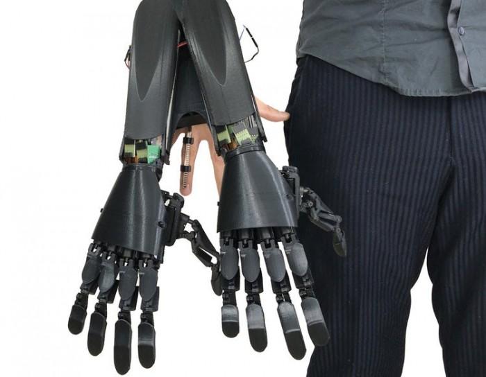 """Youbionic为""""增强人类""""提供双手机械手"""