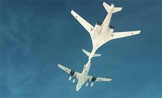 俄图160战略轰炸机操作过程震撼