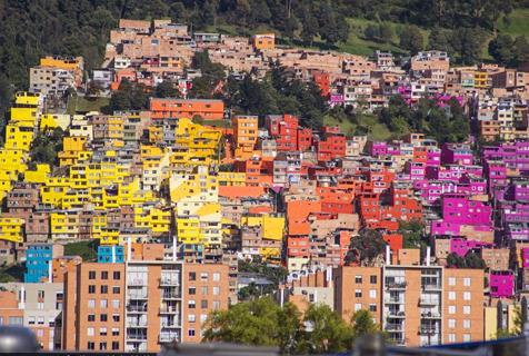 彩色之城!哥伦比亚波哥大粉刷屋顶