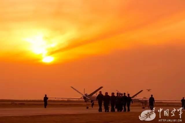 十发十中!空军无人机部队首次昼夜连续出击