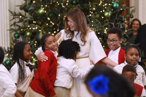 白宫圣诞节装饰犹如童话世界