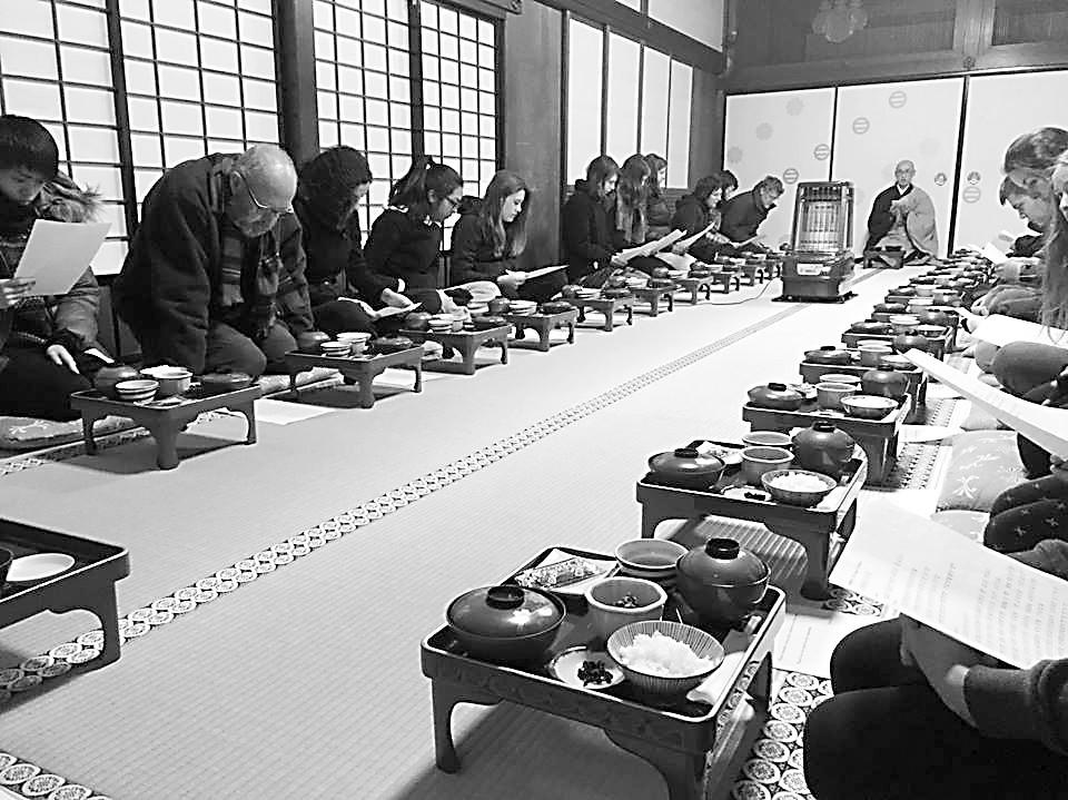 远离都市车马喧 偷得浮生半日闲 住日本寺庙与和尚畅聊