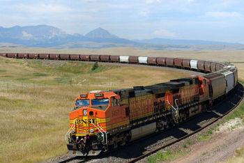 美铁路设施或面临恐怖威胁 执法机构动用无人机巡逻