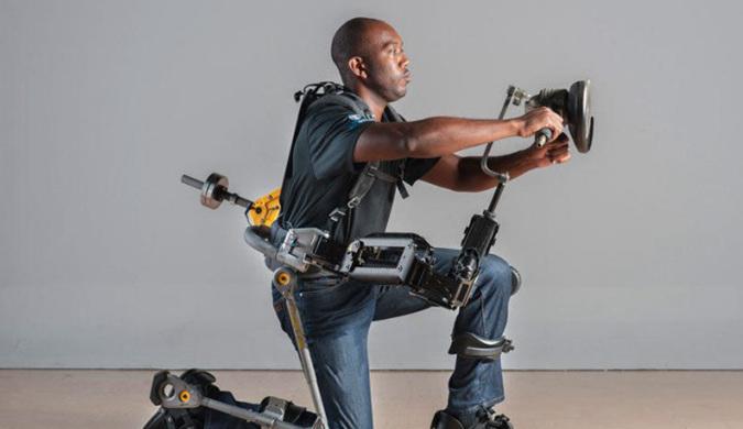 因为这款外骨骼机器 士兵们将进化为超级战士