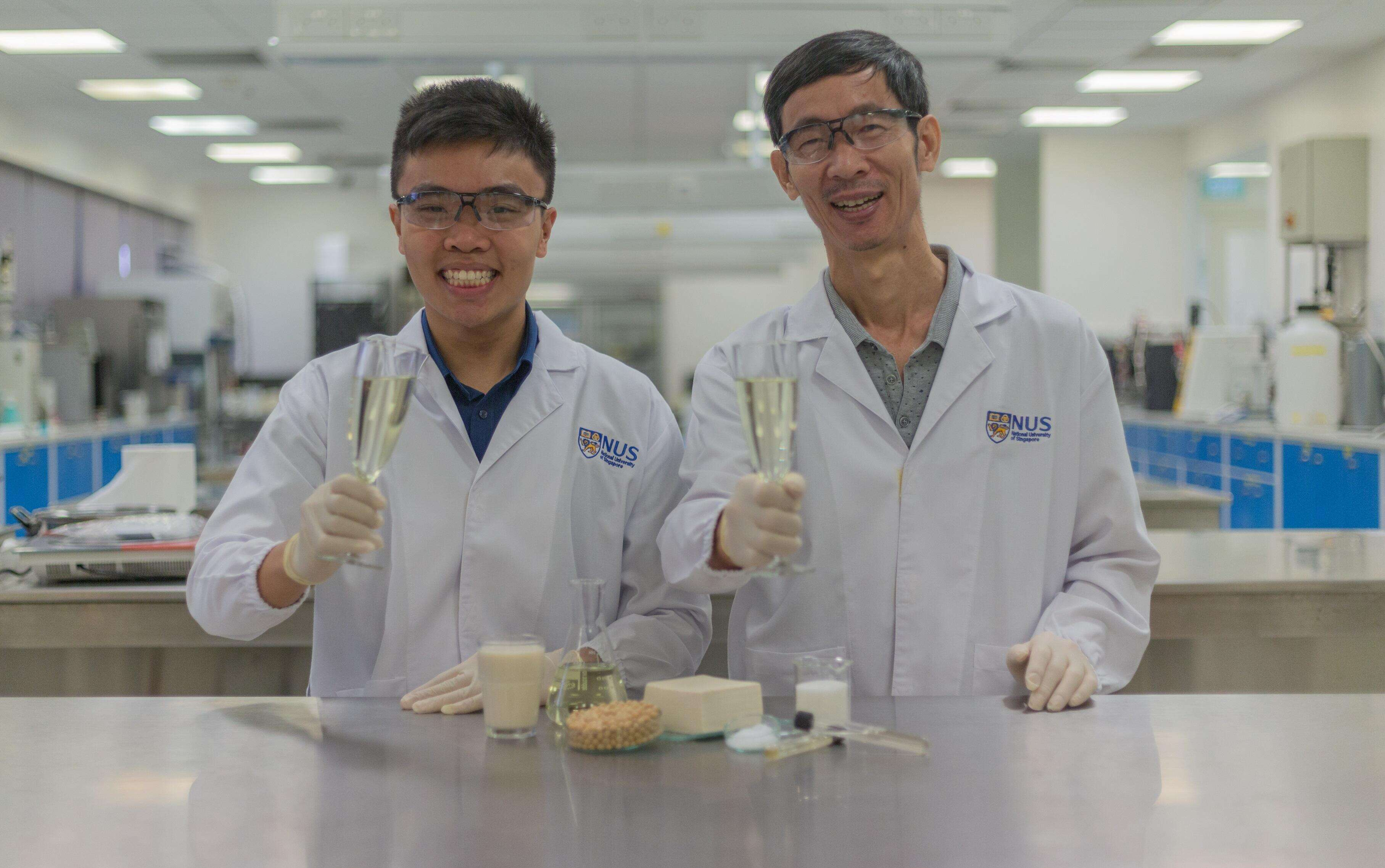 新加坡学者研发全球首款乳清酿制酒精饮料
