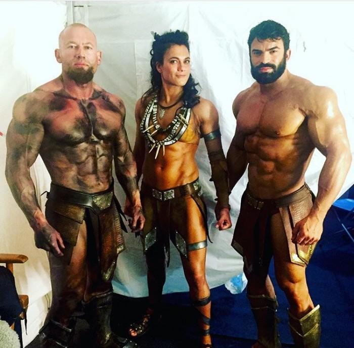 《正义联盟》宙斯、战神曝照 众神都是肌肉男