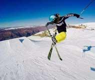混血少女9夺全美滑雪冠军 自豪称我是中国人