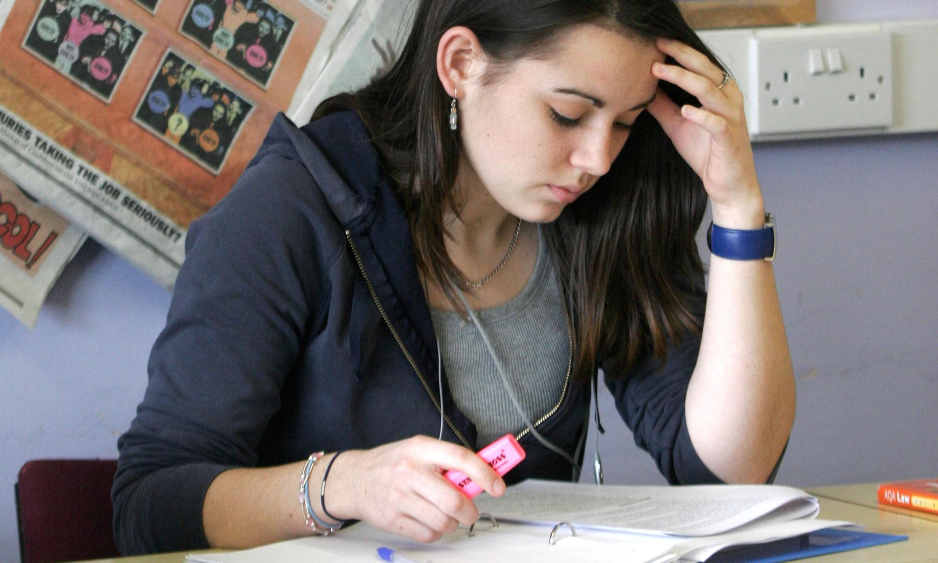 美国考试季来临 中领馆提醒留学生注意身体健康