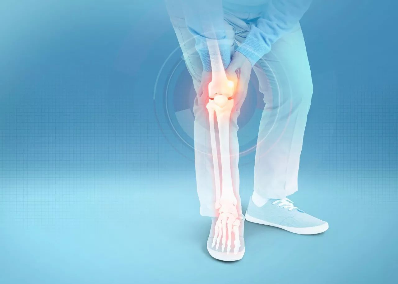 """一个动作养护膝关节 让你的膝盖晚""""报废""""十年"""