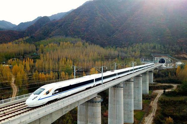 西成高铁建设全纪录