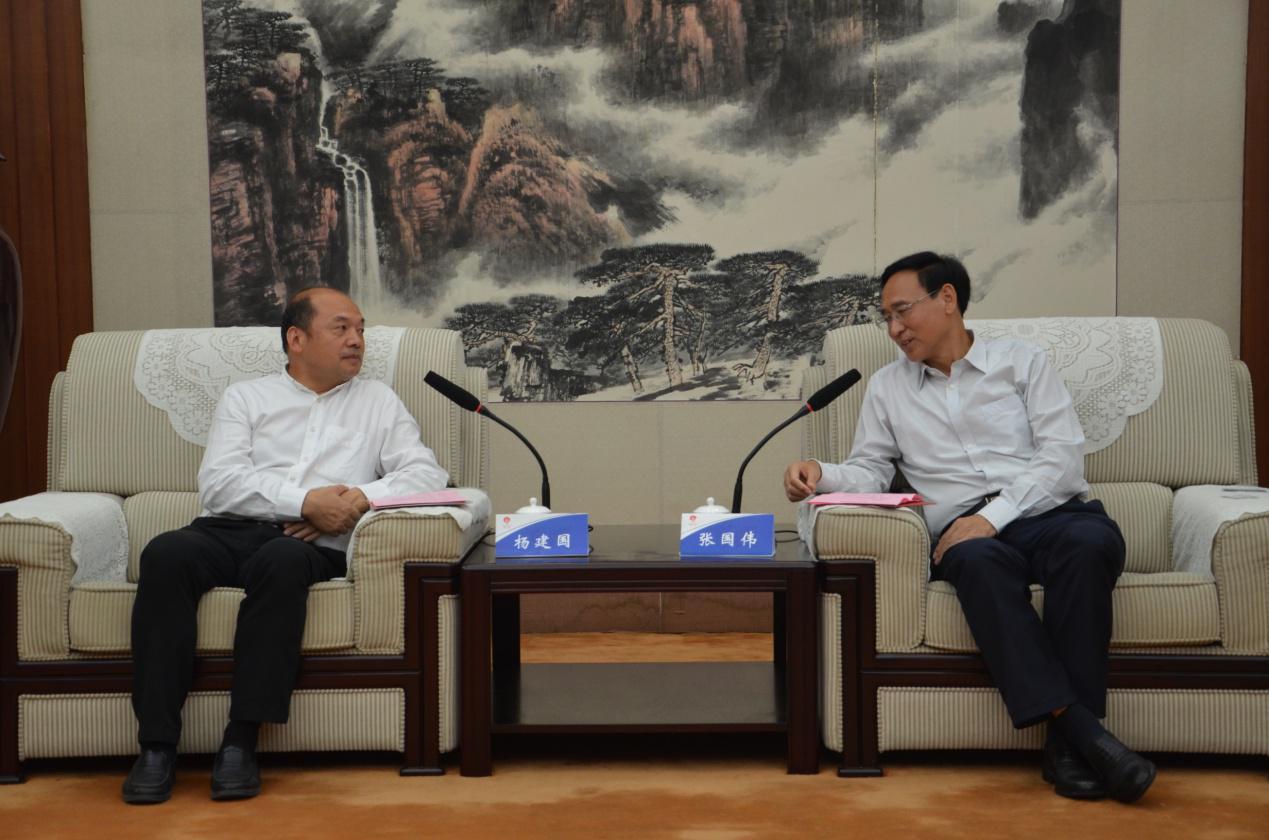 杨建国:新乡要做成新型城镇化提质发展样本