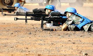 中国驻马里维和部队猛烈开火