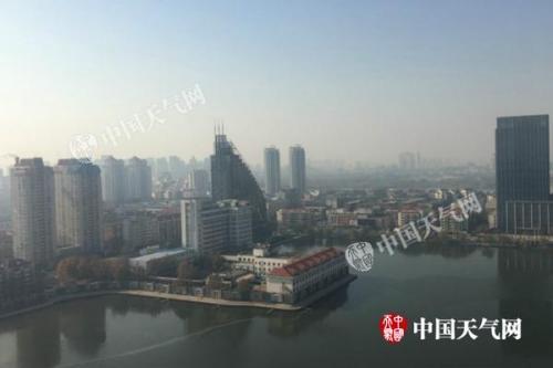 京津冀重污染天气周日减弱消散 西南地区仍多阴雨