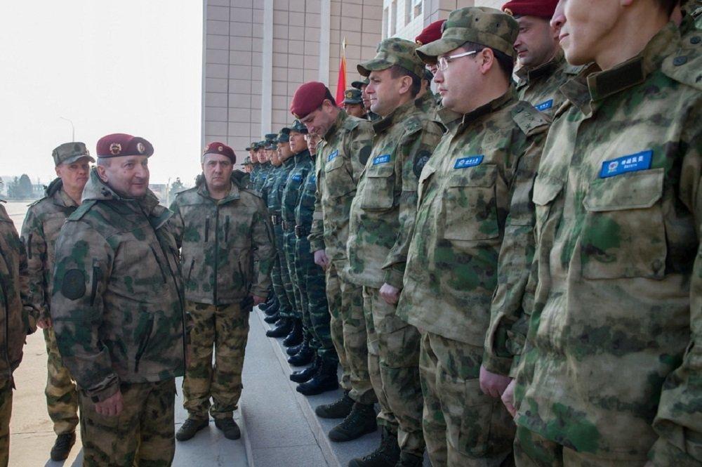 中国武警特种部队与俄近卫军联合演习拉开帷幕