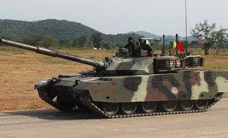 泰国展示中国VT坦克里外看个遍