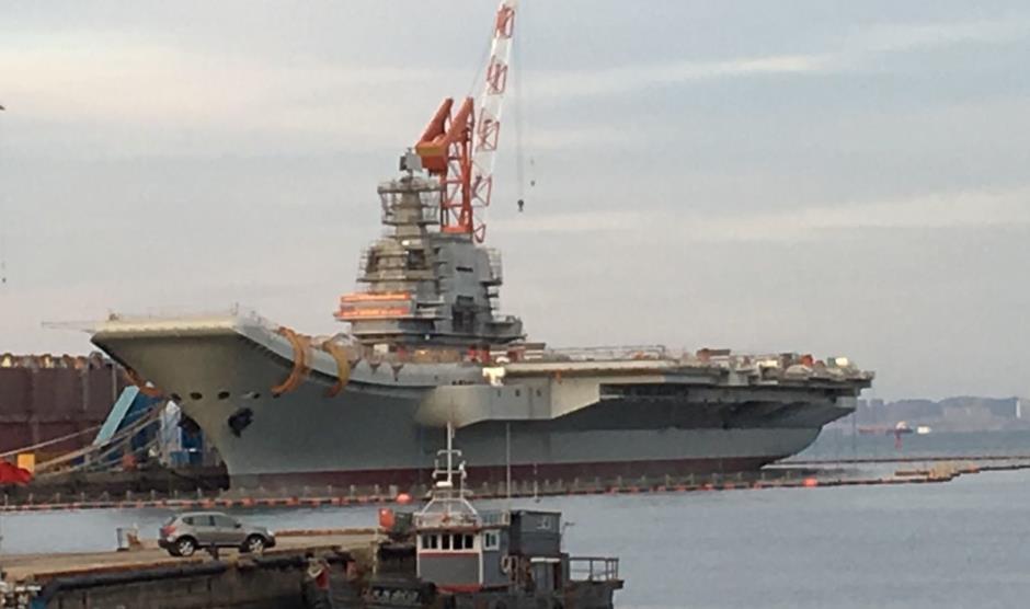 中国首艘国产航母离港开始海试?专家:谣传!