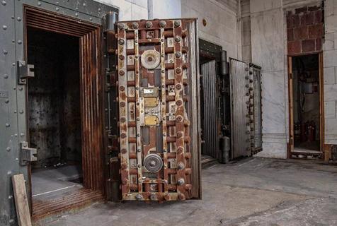 美国废弃百年银行大楼变公寓大厦