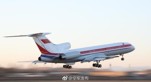 中国空军侦察机赴黄海东海远海训练 航线不一般