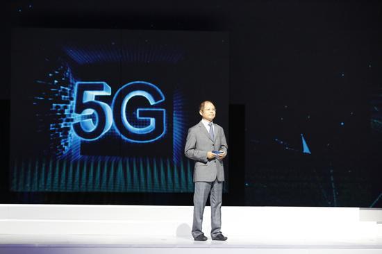 华为轮值CEO徐直军:2019年将推出5G版麒麟芯片