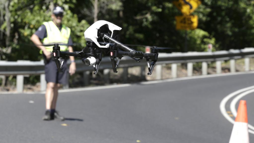 澳大利亚警察用无人机执勤 直升机有望被替代