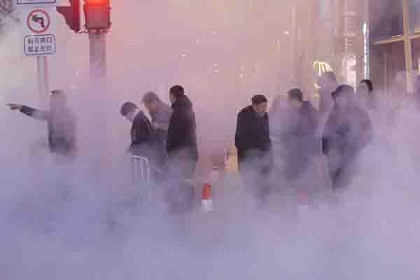 沈阳一供暖管线爆裂 90万平方米用户受影响